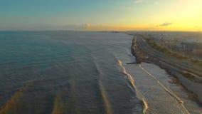 Vista aerea del tramonto sulla spiaggia di Valencia Litorale mediterraneo di Viareggio video d archivio