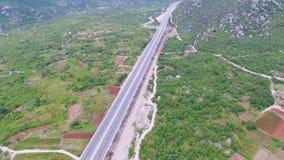 Vista aerea del viadotto sull'autostrada stock footage