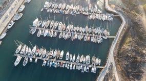 Vista aerea del video color giallo canarino di vista superiore 4K UHD del fuco della Spagna dell'isola di Tenerife del porto Fotografie Stock