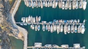 Vista aerea del video color giallo canarino di vista superiore 4K UHD del fuco della Spagna dell'isola di Tenerife del porto Fotografia Stock Libera da Diritti