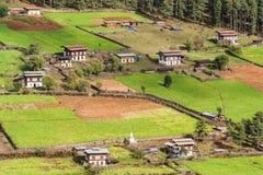 Vista aerea del villaggio del Bhutanese Fotografia Stock