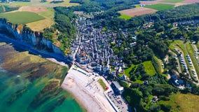 Vista aerea del villaggio di Yport in Normandia Immagini Stock Libere da Diritti