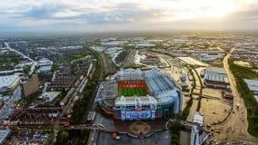 Vista aerea dell'arena iconica vecchio Trafford dello stadio di Manchester United immagine stock libera da diritti