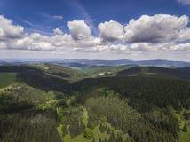 Vista aerea dell'ora legale in montagne vicino al mou di Czarna Gora Immagine Stock Libera da Diritti