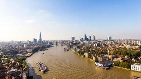 Vista aerea dell'orizzonte della città di Londra con i punti di riferimento famosi Immagine Stock