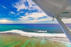 Vista aerea della barriera corallina mauritius fotografie stock