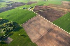 Vista aerea della campagna lituana alla sorgente Fotografia Stock
