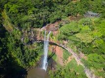 Vista aerea della cascata di Chamarel, isola delle Mauritius immagine stock libera da diritti