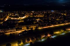 Vista aerea della città alla notte Fotografia Stock