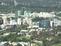 Vista aerea della città di Canberra, Australia stock footage