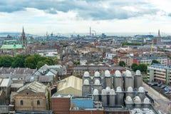 Vista aerea della città di Dublino, fabbrica di birra della birra nella priorità alta Irlanda Immagine Stock