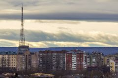 Vista aerea della città di Ivano-Frankivsk, Ucraina con le alte costruzioni Immagini Stock