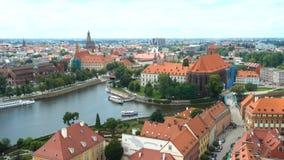 Vista aerea della città famosa Wroclaw stock footage