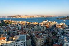 Vista aerea della città transcontinentale moderna della megalopoli di Costantinopoli immagine stock libera da diritti