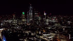 Vista aerea della città urbana di Londra alla notte immagine stock libera da diritti