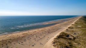 Vista aerea della costa atlantica selvaggia in La Tremblade fotografie stock libere da diritti