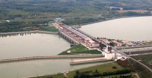 Vista aerea della diga di Gabcikovo immagine stock