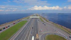 Vista aerea della diga in Kronshtadt video d archivio