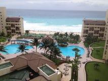 Vista aerea della località di soggiorno di lusso in Cancun Immagine Stock Libera da Diritti