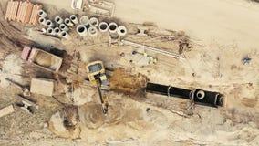 Vista aerea della macchina di pietra schiacciata della cava video d archivio