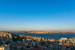 Vista aerea della megalopoli transcontinentale moderna di Costantinopoli immagine stock libera da diritti