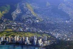 Vista aerea della spiaggia di Waikiki, hotel, ala Wai Canal, Kapahulu a Fotografia Stock