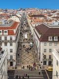 Vista aerea della strada dei negozi Rua Augusta a Lisbona, Portogallo Fotografie Stock