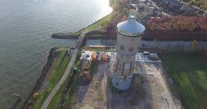 Vista aerea della torre di controllo, Dordrecht, Paesi Bassi stock footage
