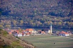 Vista aerea della valle di Wachau vicino alla città di Unterloiben & di x28; Duernstein& x29; nel Niederösterreich fotografia stock