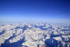 Vista aerea delle alpi nell'inverno Immagini Stock