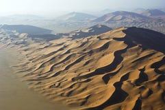Vista aerea delle dune di sabbia allo sfregamento Al Khali Fotografia Stock Libera da Diritti