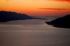 Vista aerea delle isole dalmate al tramonto fotografia stock