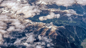 Vista aerea delle montagne alpine Immagine Stock Libera da Diritti