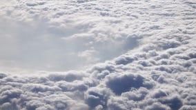 Vista aerea delle nubi Ciclone visto dall'aeroplano Concetto del cambiamento del tempo e di clima archivi video