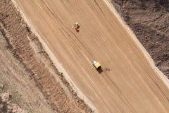 Vista aerea delle piste del motore sulla sabbia Immagine Stock