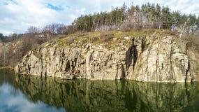 Vista aerea delle rocce Bella vista del paesaggio del fiume immagine stock libera da diritti