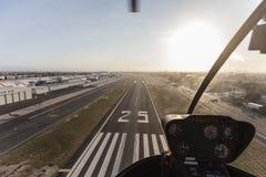 Vista aerea di atterraggio dell'elicottero Fotografia Stock Libera da Diritti