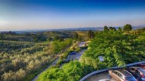 Vista aerea di bella campagna della Toscana al crepuscolo, l'Italia Fotografia Stock