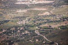 Vista aerea di bella valle verde Fotografie Stock Libere da Diritti