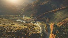 Vista aerea di bello paesaggio della montagna di autunno Fotografia Stock