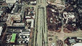Vista aerea di elevata altitudine di Leningradsky Prospekt o viale a Mosca, Russia archivi video