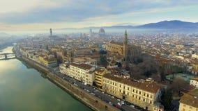Vista aerea di Firenze, Italia al tramonto Cattedrale Santa Maria stock footage