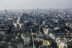Vista aerea di Londra dalla costruzione del walkie-talkie sulla via di 20 Fenchurch Fotografia Stock