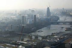 Vista aerea di Londra dalla costruzione del walkie-talkie sulla via di 20 Fenchurch Immagine Stock