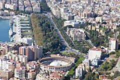 Vista aerea di Malaga del centro con il suo anello del toro. Fotografia Stock
