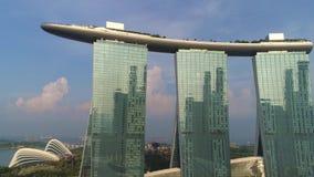 Vista aerea di Marina Bay Sands Singapore colpo Vista aerea dell'orizzonte della città di Singapore con Marina Bay Sands video d archivio