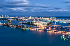 Vista aerea di Miami alla notte Fotografie Stock