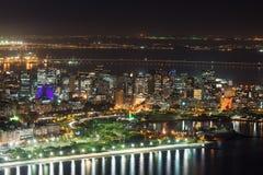 Vista aerea di notte di Centro, di Lapa, di Flamengo e di ?athedral. Rio de Janeiro immagine stock