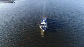 Vista aerea di PA del fiume Delaware Filadelfia della nave passeggeri archivi video