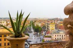 Vista aerea di paesaggio urbano della città di Roma, vie dal punto di vista del museo del Vaticano, Roma, Italia Immagine Stock